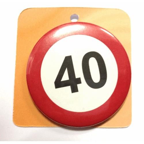 Prometni znak priponka - številka 40